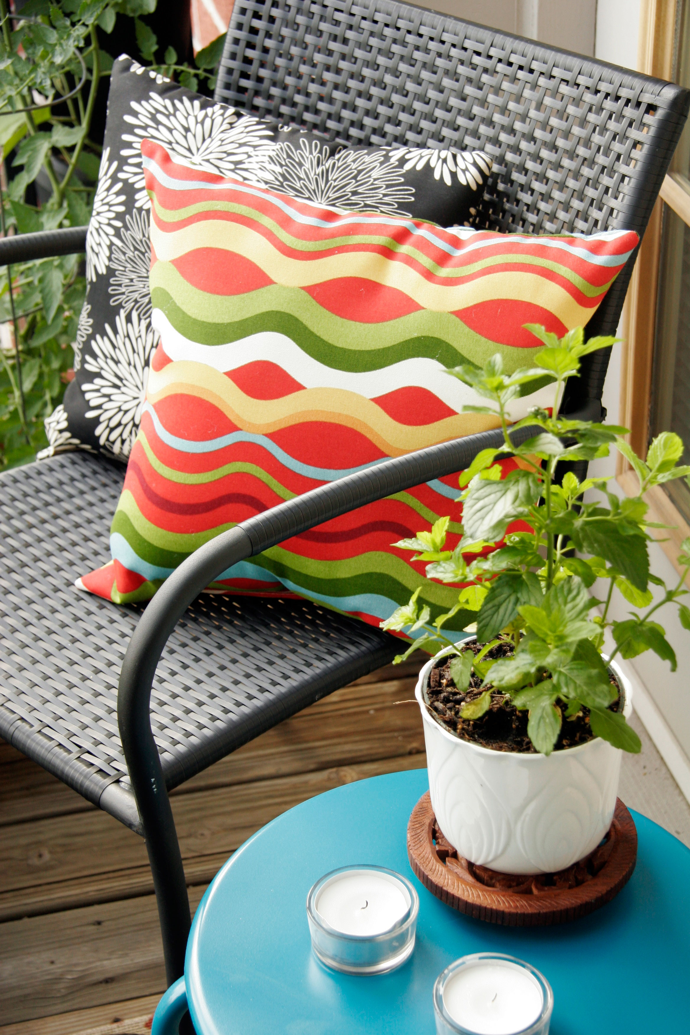Tips For Decorating A Small Apartment Balcony All Put Together